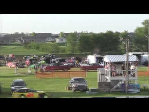 LMSS TOURING SERIES HEAT 1 SIOUX SPEEDWAY JUNE 2,2016