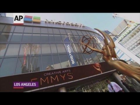 Emmy stars talk TV theme tunes