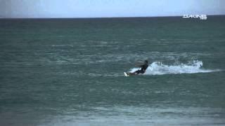 Dakine-Shop Teamrider Gunnar Biniasch zeigt coole Kite-Tricks ...