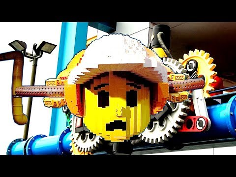 Learn Colors with LEGO bricks at Children's Museum Lego Fabrik Indoor Playground Pretend Play