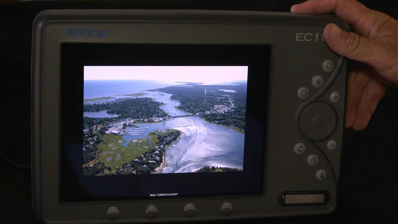Amazoncom Raymarine Dragonfly5M SonarGPs With US CMap Amazoncom
