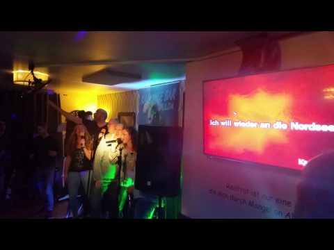 Party in der Karaokebar Fulda