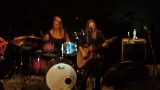 Cherubo performing Soul of Gold live at Gumeracha Town Hall 20/04/2...