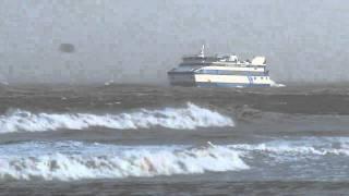 MS Vlieland in de storm op weg naar Vlieland | 12 nov 2010