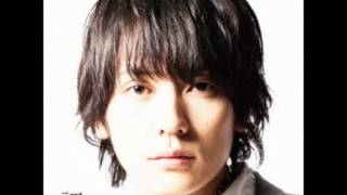 7thシングル「証」に入っている曲です。 作曲︰阪井一生 作詞︰山村隆太...
