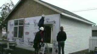 Installing Siding On A Garage - 25x Speed