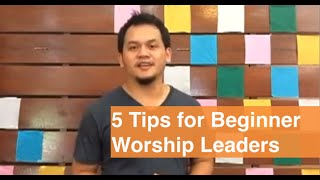 How to Lead Worship as a Beginner (5 Tips for Beginner Worship Leaders)