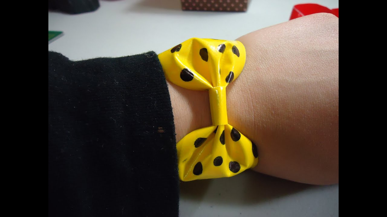 Mini fashion diy how to make a duct tape bow bracelet for Mini duct tape crafts