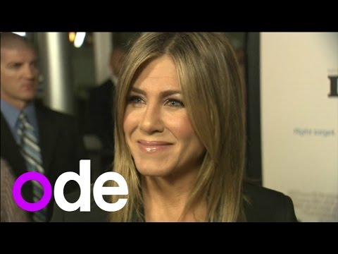 Jennifer Aniston sparkles at LA premiere of Life of Crime