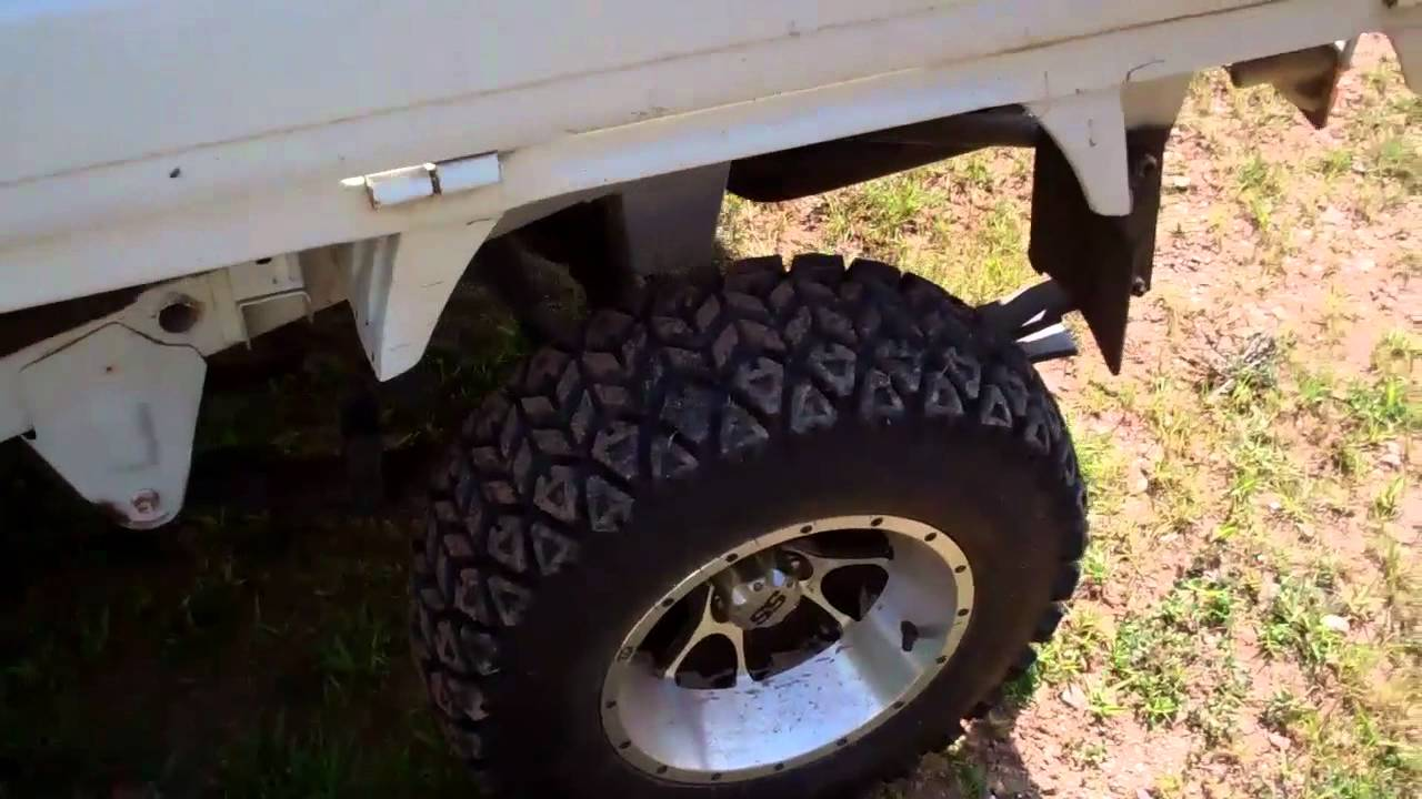Suzuki Carry Mini Truck with Tracks - Test Drive + Speed Run - YouTube