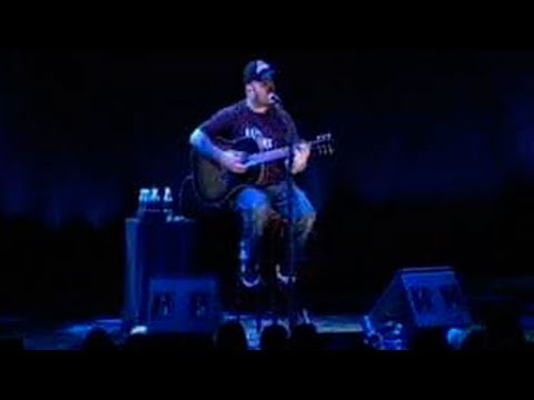 Aaron Lewis from Staind - Turn the Page (Mohegan Sun Casino, 2008) [Live Acoustic Cover]
