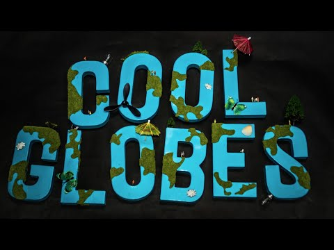 Creative Opportunities - Cool Globes