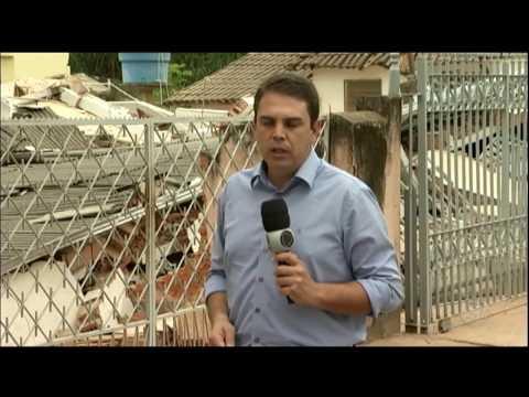 Prefeitura de Manhumirim (MG) investiga desabamento de casa