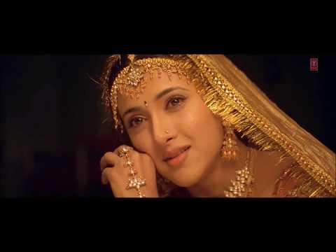 Aapko Pehle Bhi Kahin Dekha Hai - Baba Ki Rani Hoon  [ New Version ] - Alka Yagnik - Mashup Video HD