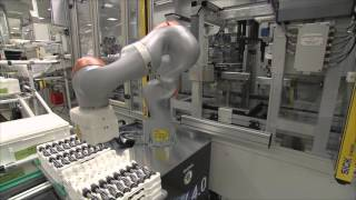 skoda introduces new robot for dq 200 gearbox production