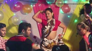 অস্থির নাচ দেখালো মেয়েটি || new bangla dance 2018 || BD Media 99 TV