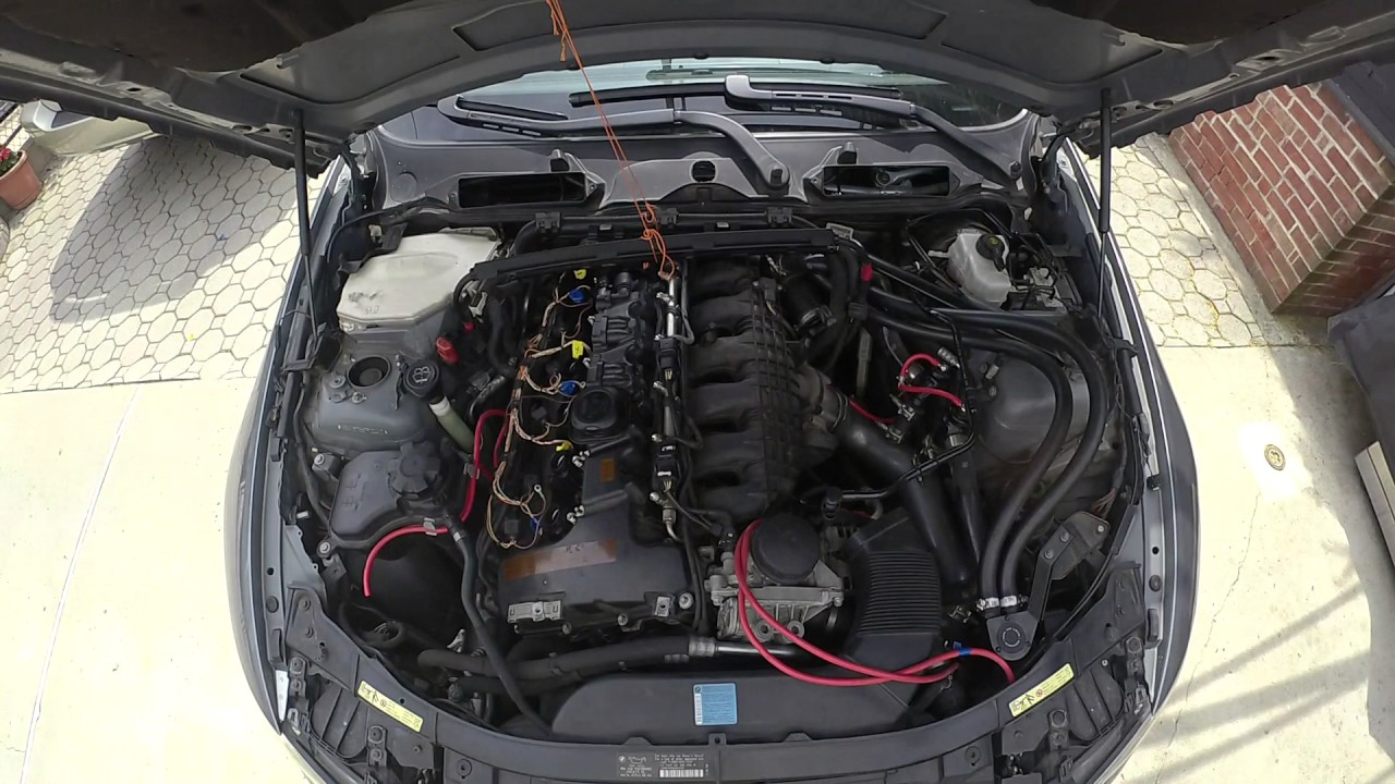 BMW 335i Valve Cover Gasket Replacement