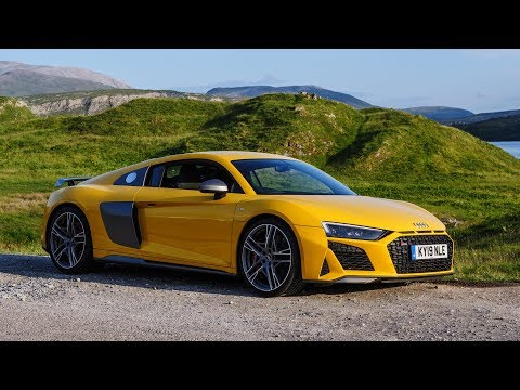 the-most-honest-audi-r8-review-you-will-ever-see-(do-we-need-supercars-anymore?)
