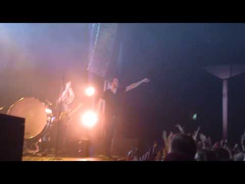 Imagine Dragons - On Top Of The World (Live HQ Zurich Maag Halle)