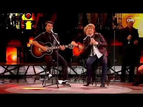 Luis Fonsi & Andrés De León - Llegaste Tú @ Festival Viña Del Mar 2015