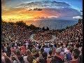 Tari Kecak Bali Uluwatu Sambil Melihat Sunset - Matahari Terbenam