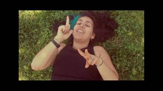 Nil Karaibrahimgil - Kanatlarım Var Ruhumda Klip (İşaret Dili) Video