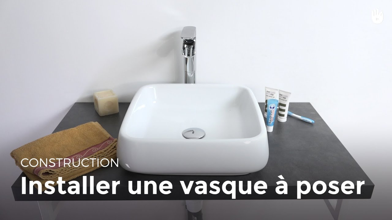 Installer une vasque poser bricolage youtube for Comment decouper un plan de travail