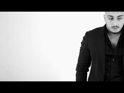 VUK MOB - MOJE OCI LAZU Official Video ᴴᴰ