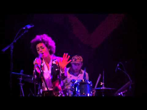 Solange - I Could Fall In Love - Live at the House of Blues, Los Angeles - February 7, 2013