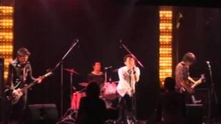 12月12日ニューレトロクラブでの映像.