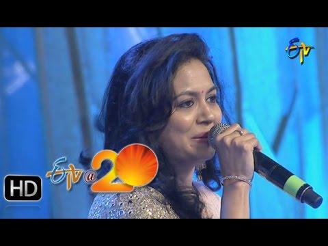 Sunitha Performance - Aakasamlo Aasala Song in Gunturu ETV @ 20 Celebrations