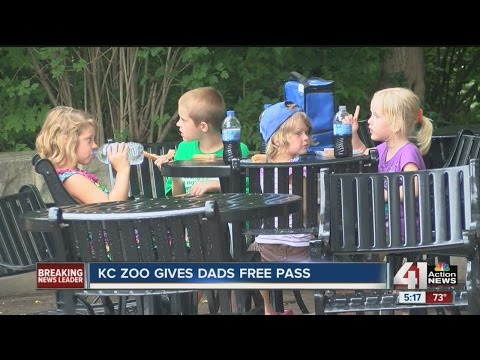 For Father's Day, dads get free admission and hot dog at Kansas City Zoo