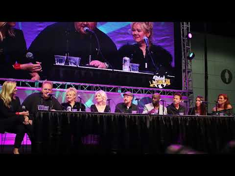 Stan Lee's Los Angeles Comic Con Panel - Sabrina the Teenage Witch Reunion