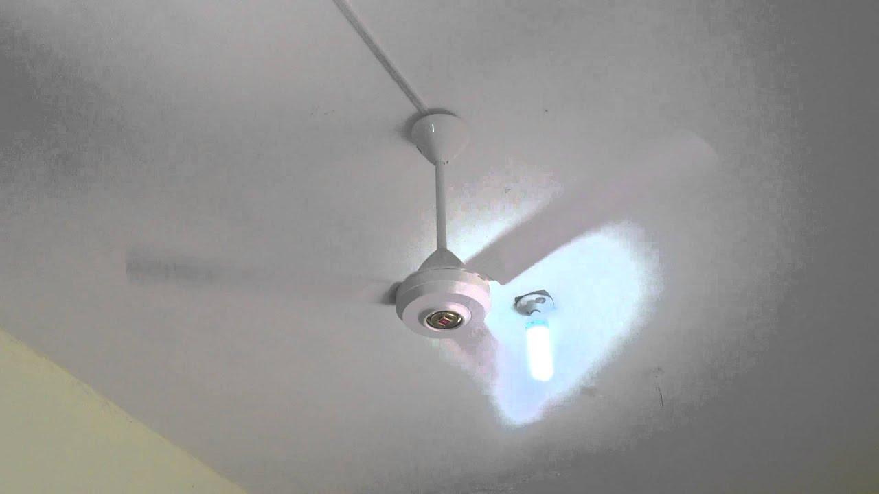 Kdk Industrial Ceiling Fan Model N56lg At Cafe Youtube