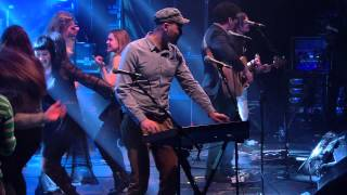 Belle & Sebastian Play