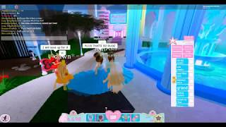 Roblox players in Royale high are fighting, plus Coping and Love (romance) (Roblox)