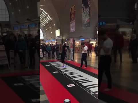 Игра ногами на органе
