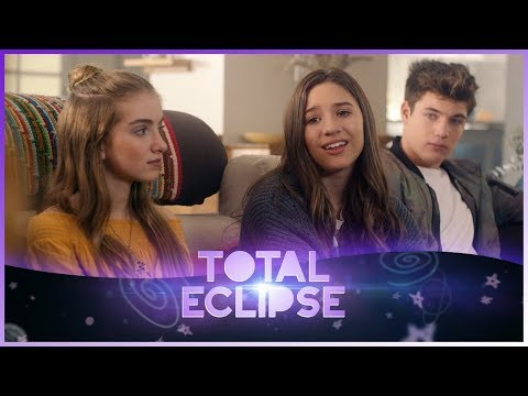 "TOTAL ECLIPSE | Kenzie & Lauren in ""Waning Gibbous"" 