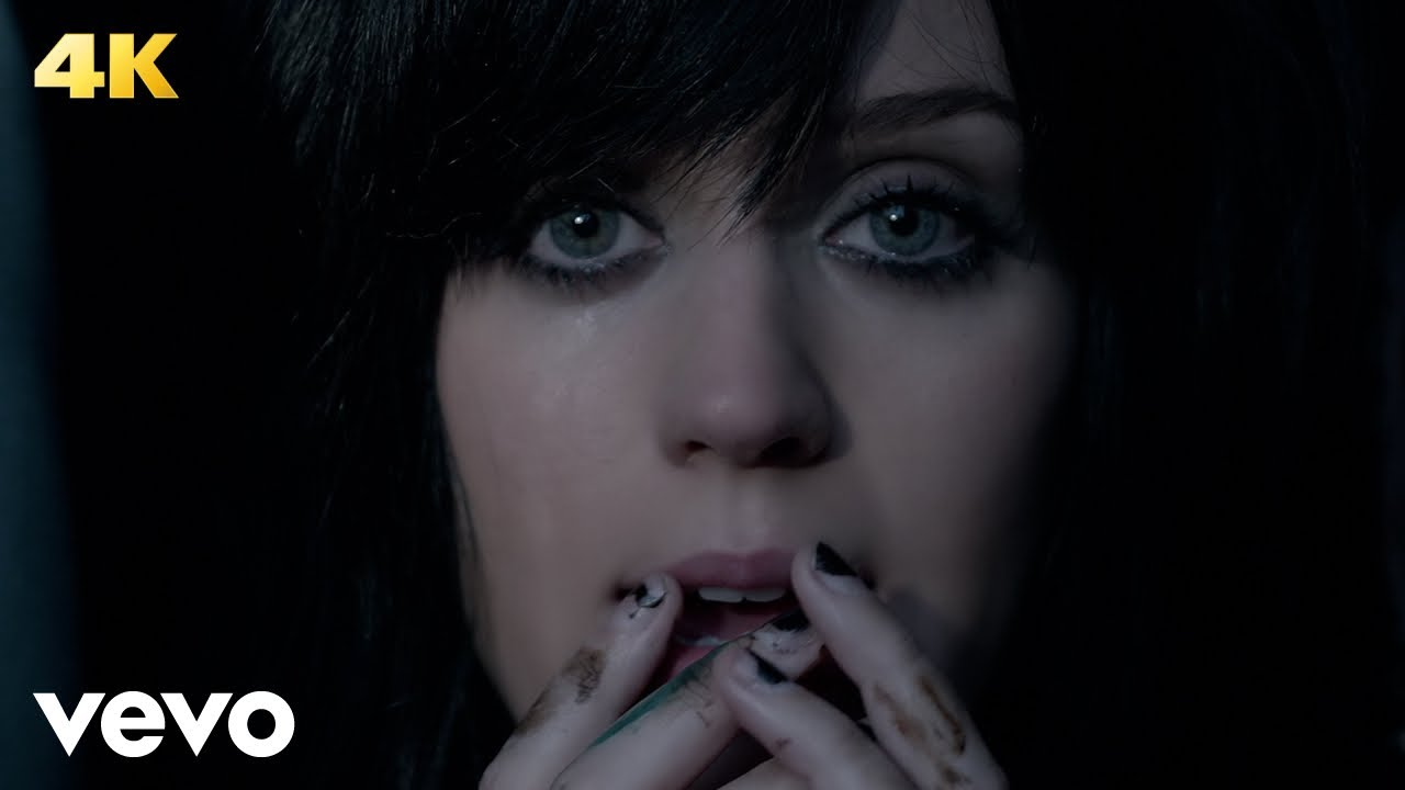 Katy Perry - The One That Got Away (Official Music Video)