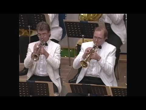 John Williams - Star Wars Main Title - Boston Pops