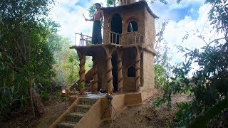 Build Technologically Modern Two Story mud Villa Under The Big Tree -