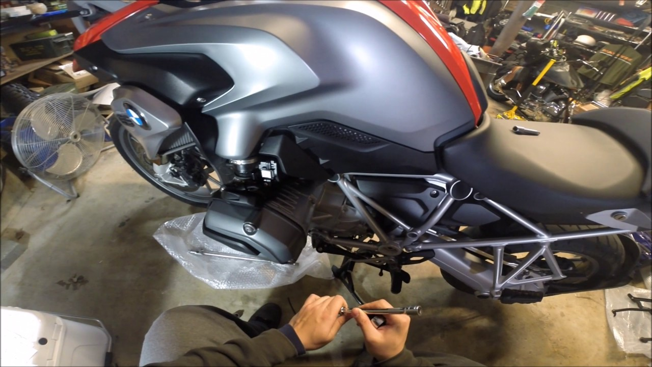 Sw Motech Engine Guards Installation 2015 Bmw R1200gs Youtube