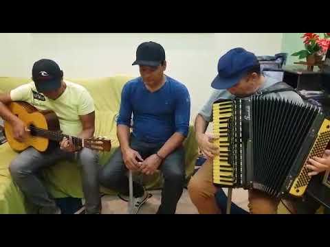 Trio Boca Quente - Na Beira Do Cais.