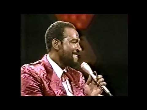 Marvin Gaye - LIVE Sexual Healing - Soul Train 1983