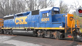 LAST VIDEO-Lots Of Power On CSX Mixed Freight Train @ Gun Road