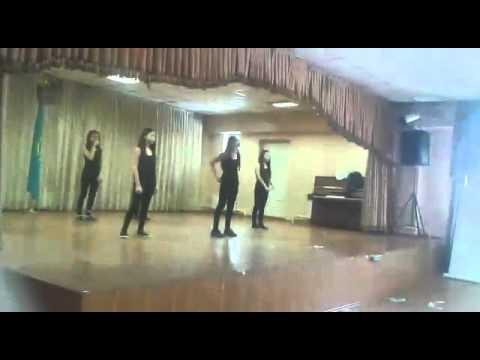 7《В》 Флешмоб. Из школы 156. Алматы