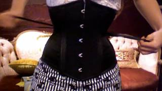 How to Lace Yourself into a Corset