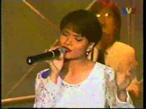 Nora - Di Persimpangan Dilema (1995)