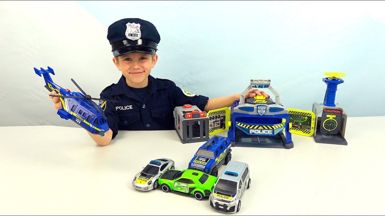 Полицейский участок с машинками, вертолётом и дроном - Полицейский Даник ловит нарушителя!