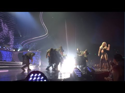 Britney Spears - Womanizer | August 25th, 2017 [Britney : Piece of Me]